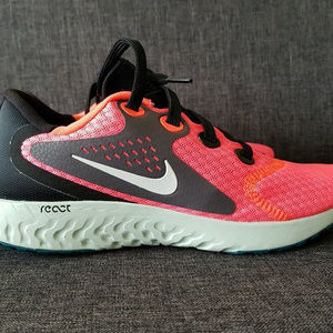 45b6610fe37 Nike Shoes - Nike Legend React Running Shoes AA1626 600
